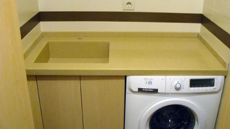 акриловая столешница в ванной комнате