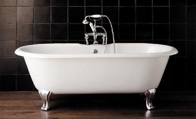 ванна на декоративных ножках