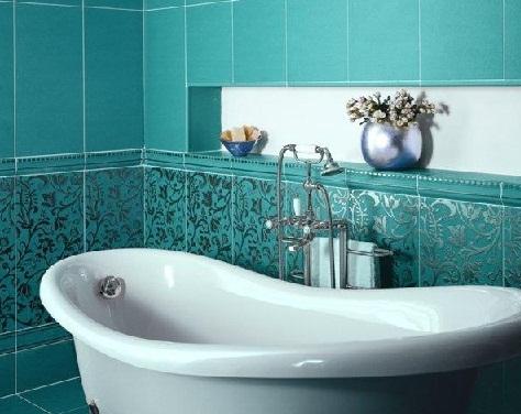 использование прямоугольной плитки в ванной