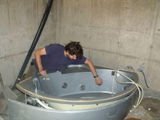 как сделать заземление ванны