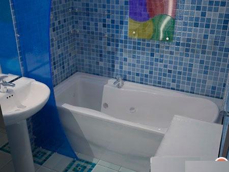 керамика в маленькой ванной