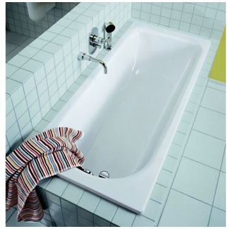 красивая стальная ванна