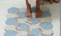 Вязаный коврик в ванную комнату