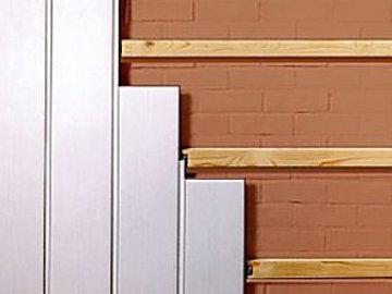 монтаж пластиковых панелей на деревянные рейки