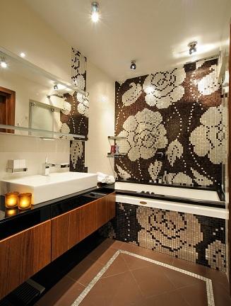 невероятно стильный дизайн ванной с помощью панно