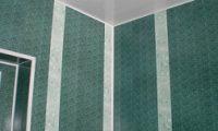 Отделываем стены ванной пластиковыми панелями