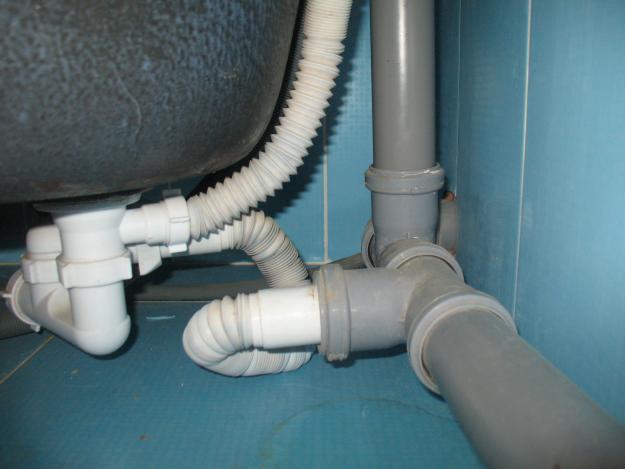 подключени ванны к канализации