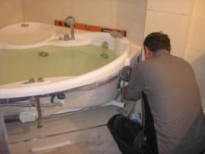 самостоятельный монтаж гидромассажной ванны