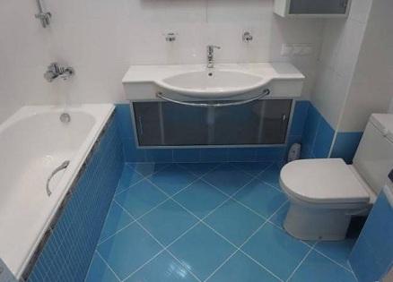 ванная комната облицованная плиткой