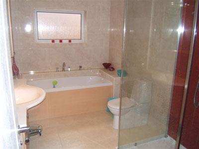 увеличение пространства маленькой ванной
