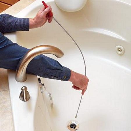 Чем можно пробить засор в ванной в домашних условиях